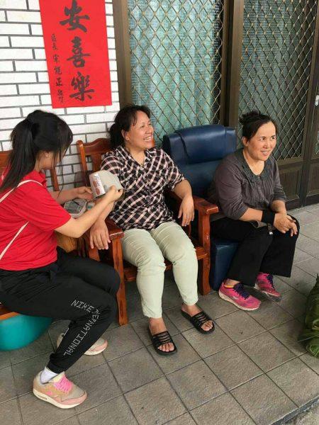社區探訪關心居民