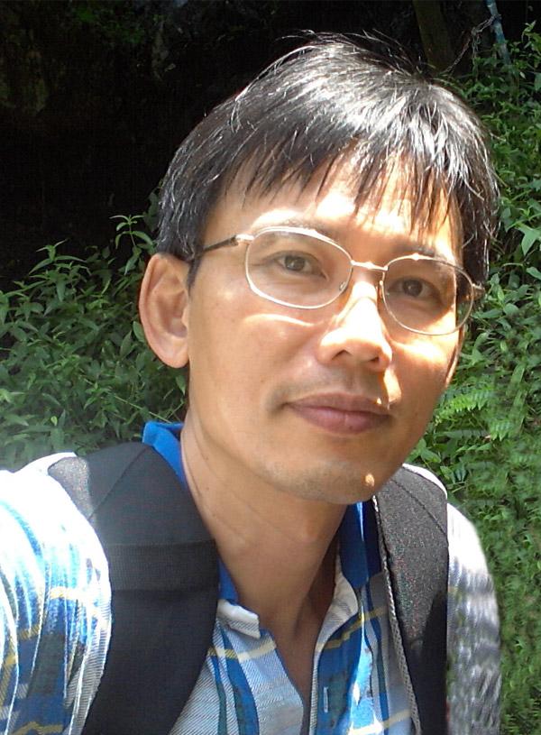 顏鴻銘-teacher